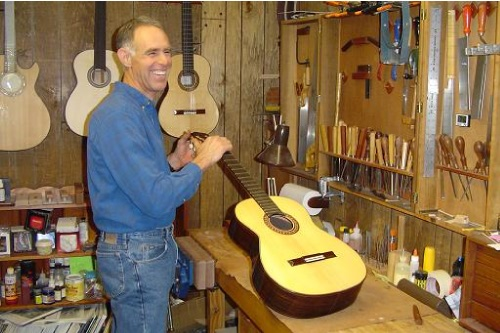 Luthier Keith Adams